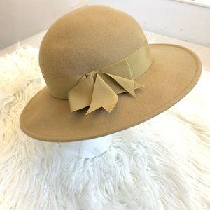 Vintage Astre 100% Wool Hat EUC
